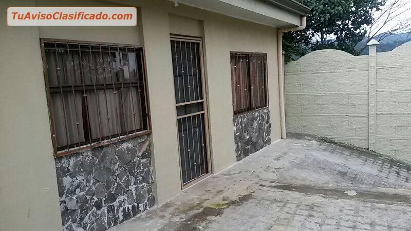 Se vende casa grande 5 cuartos 2 ba os sala tv cuarto de for Alquiler de casas en pilas sevilla
