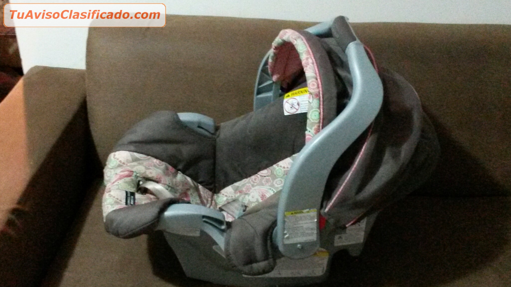 Silla para carro y porta bebe en excelente estado marca for Silla para ninos carro
